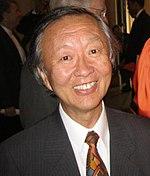 Charles Kuen Kao, zdroj wikipédia
