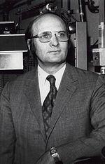 John Robert Schrieffer, zdroj wikipédia