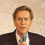 Pierre-Gilles de Gennes, zdroj wikipédia